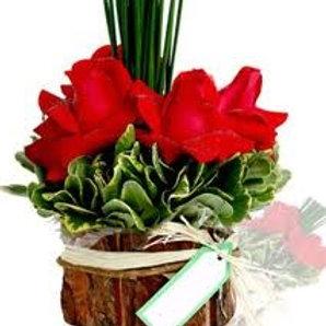 Arranjo de  4 rosas colombianas
