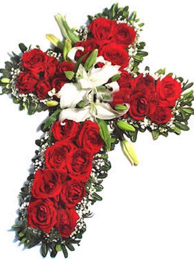 Cruz de flores com rosas,tamanho 1 mt de altura.