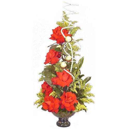 Arranjo no vidro com  6 rosas importadas e  ferreiro.