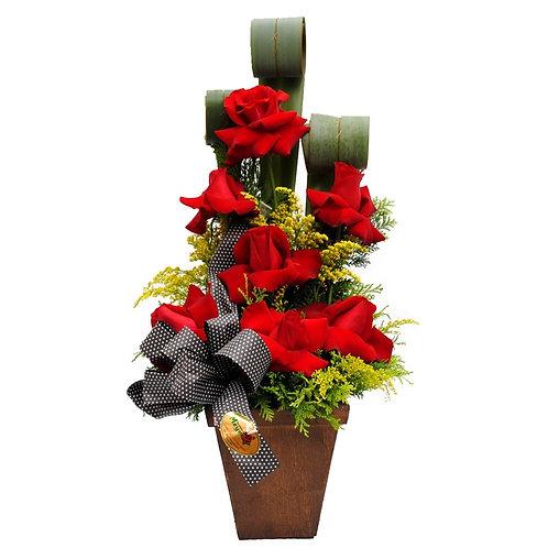 Arranjo no Cachepô com 6 Rosas Vermelhas importadas