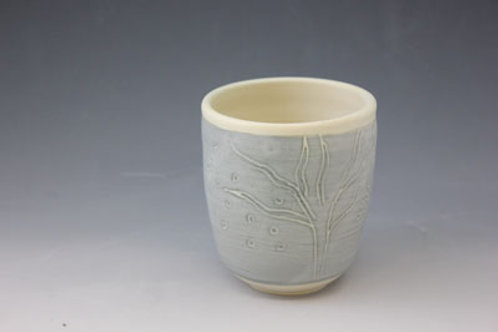Gray tea cup