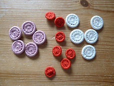 Sets of Dorset cross wheel buttons