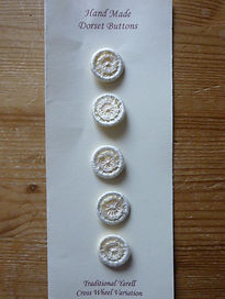 Set of traditional Dorset cross wheel, Yarrell, buttons in cream cotton