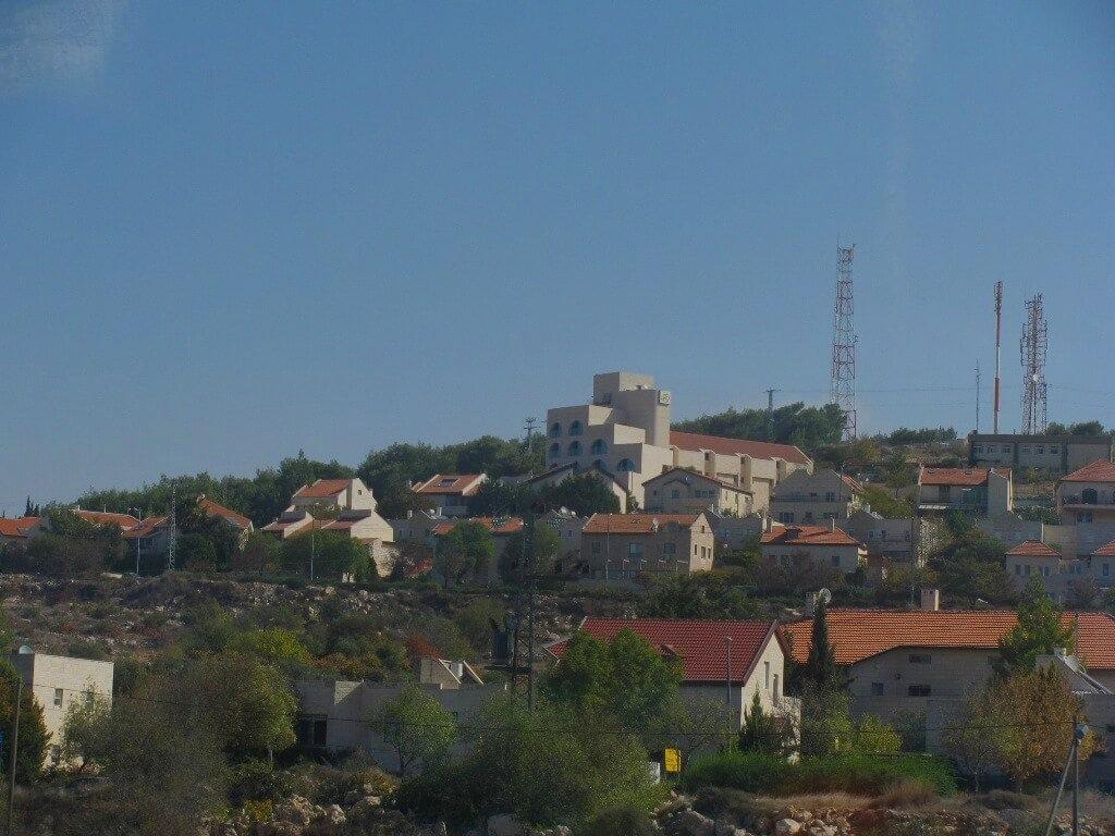 PikiWiki_Israel_6077_Efrat_settlement (1