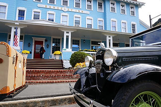 The Rangeley Inn with antique cars