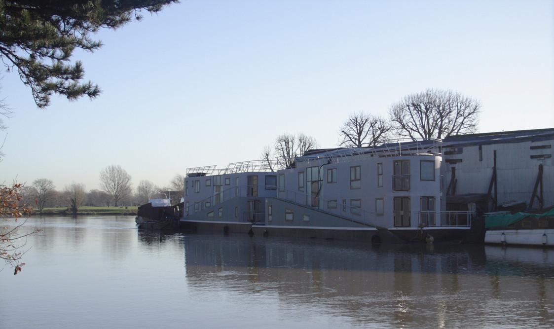 boat24.jpg