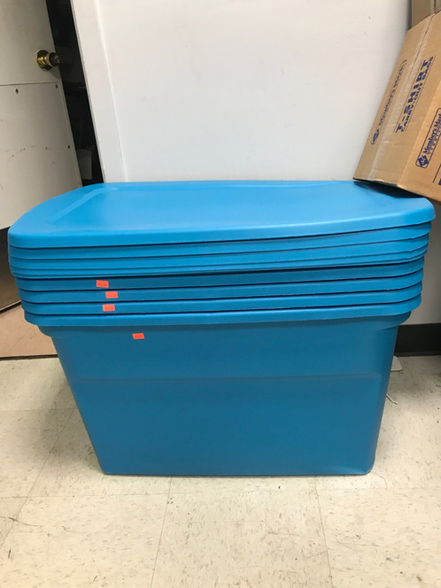 30 Gallon Blue Storage Bin With Lid