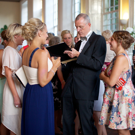 Luke Warm Caricaturing On the Spot at a Wedding Reception in Cornwall