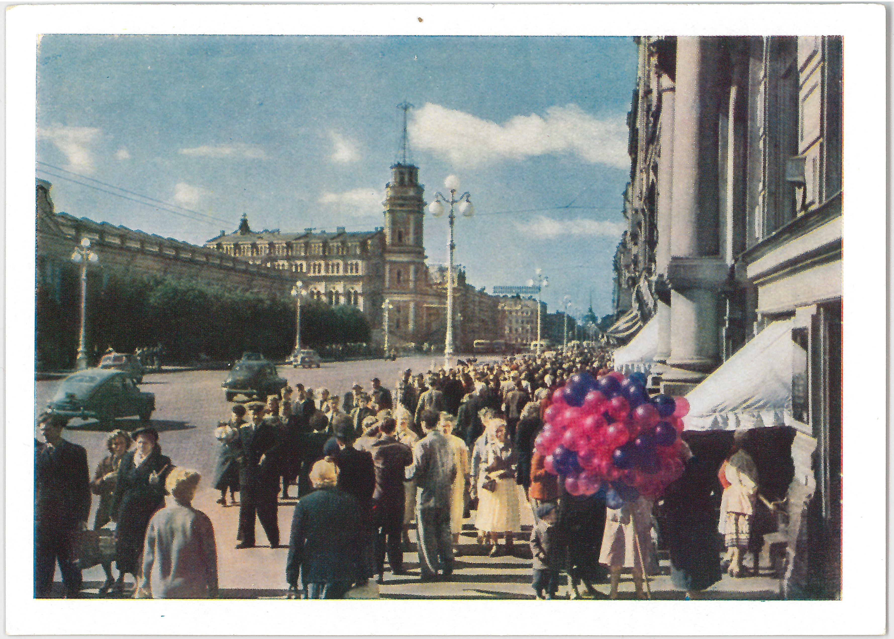 Ленинград. На Невском.