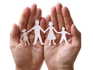 POLITIQUE FAMILIALE :PARENTS ET LES JEUNES RECHERCHÉS