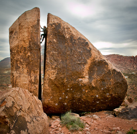 Plumbers Crack.  Red Rock, AZ