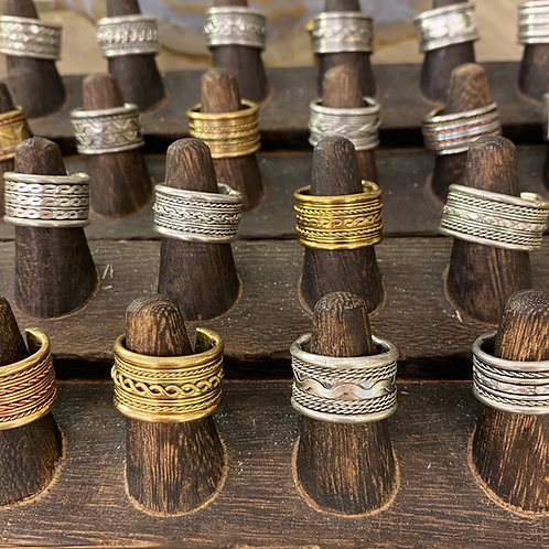 Adjustable Brass Rings