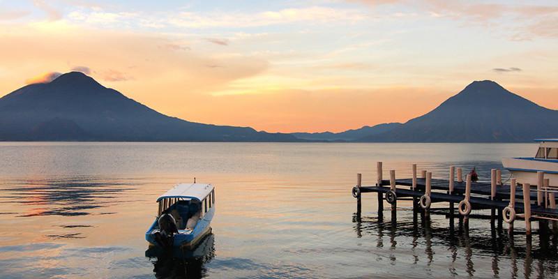 Lake_Atitlan_Panajchel_view.jpg
