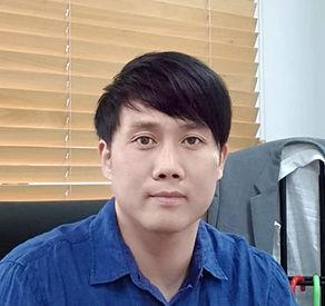 김동균 교수님.jpg