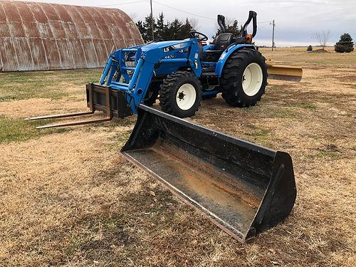 LS Tractor 1.jpg