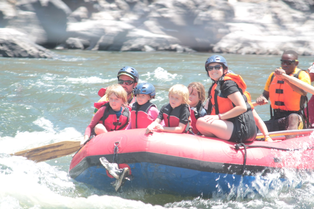 ZAMBEZI RIVER RAFTING WITH KIDS