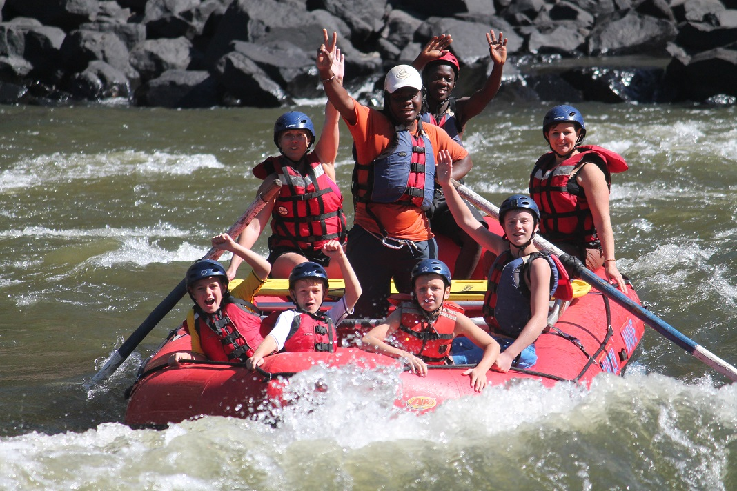 ZAMBEZI RIFER RAFTING KIDS 3