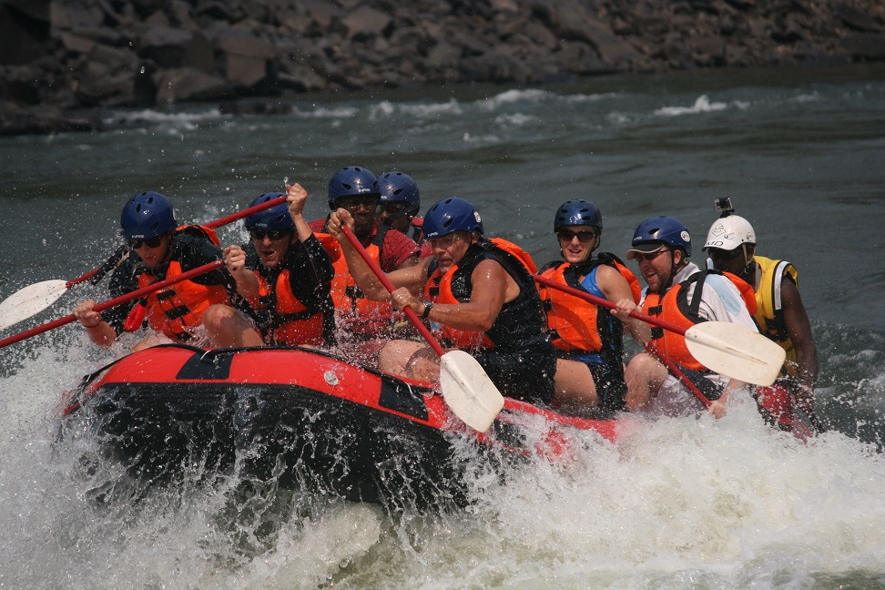 Rafting with shockwave on Zambezi