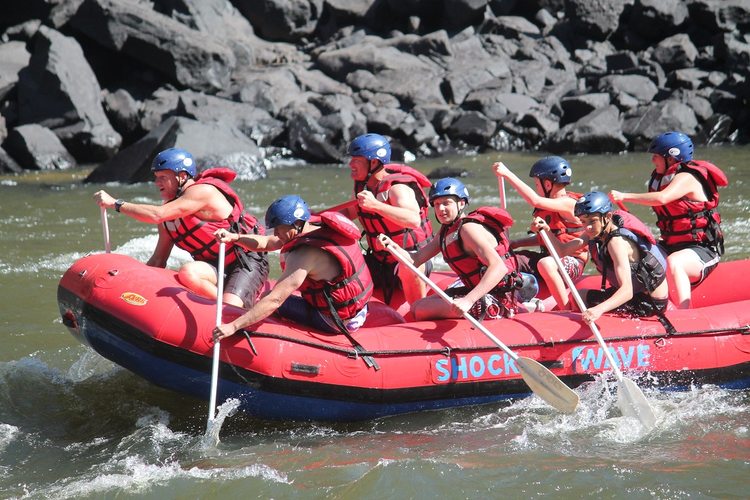 ZAMBEZI RIVER RAFTING KIDS 2