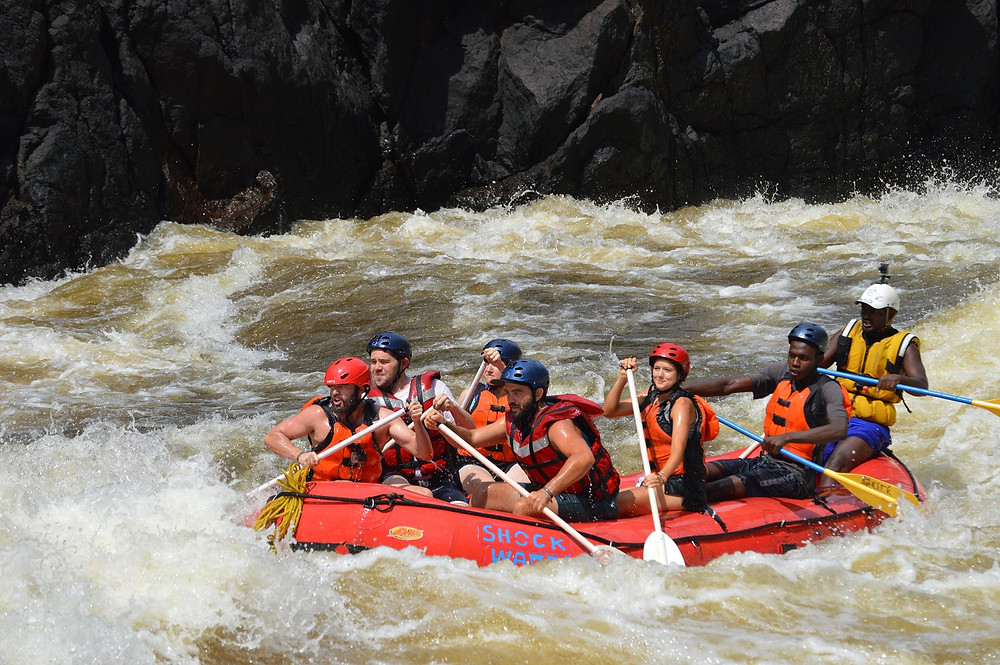 RAFTING IN VICTORIA FALLS WITH SHOCKWAVE ADVENUTRES