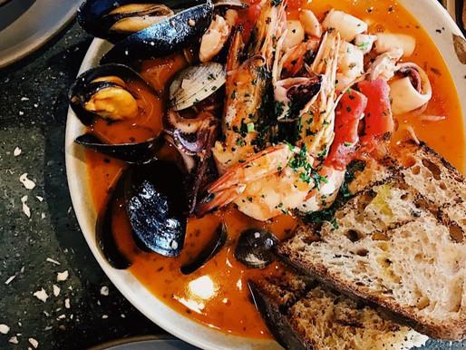 Аутентичный и очень простой рецепт супа из морепродуктов Буйябес