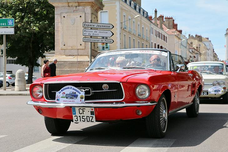 Mustang 1967 Rouge
