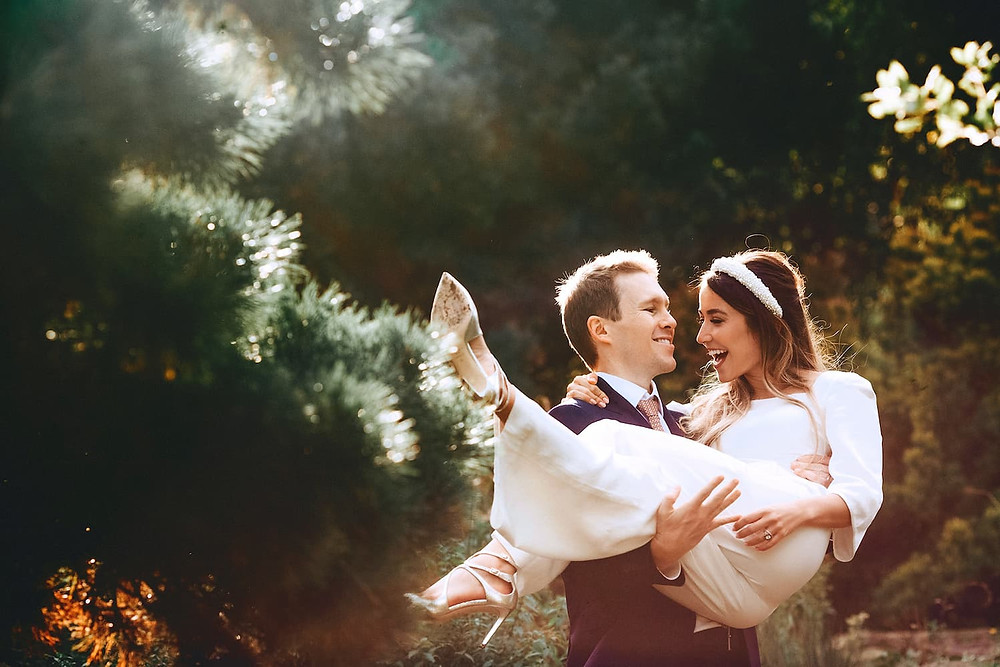 Small wedding photography in Regents Park in London