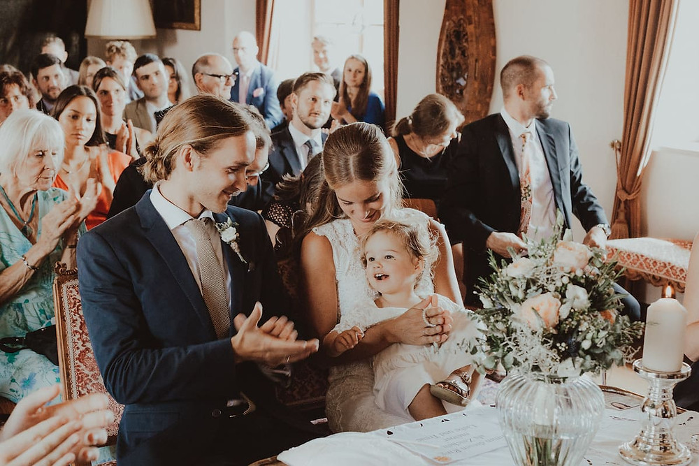 Tips on finding the best wedding photographer in the UK