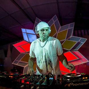 House Music, Pune, India, Riki Inocente DJ Set Corona Sunsets