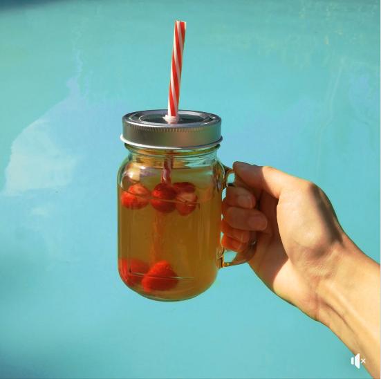 Red Petit Chic : le mocktail de l'été par l'épicerie Très Bon