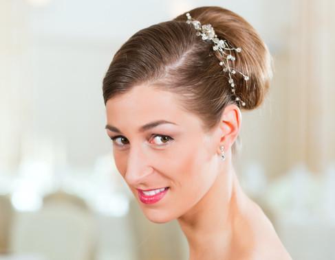 Chignon-Bun-For-Short-Hair-bride.jpg