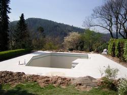 Granitplatten Pool Gernsbach.jpg
