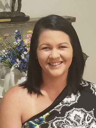Lisa W profile pic.jpg