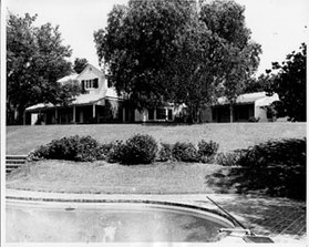 Home originally built for Zeppo and Marion Marx in 1937, remodeled and expanded in 1953 for J.H. Ryan, owner of Northridge Farms.  Photo by Bob Hopper