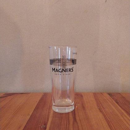 כוס מגנרס