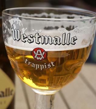 Westmalle_Tripel_in_a_glass.jpg