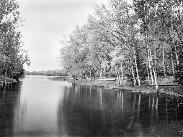 Fall at Kepler Lake in the Matanuska-Susitna Valley.  Chamonix 045N-2, 90mm Schneider Kreuznach, Ilford HP5+.