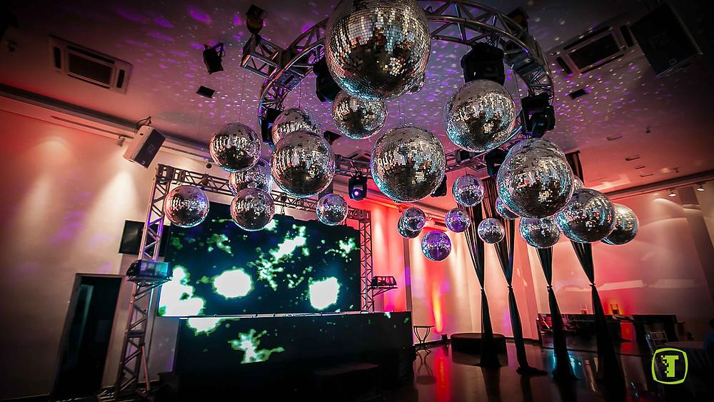 Buffet para Debutantes, buffet para festa de debutantes, debutantes, buffet, buffet colonial, espaço de eventos para debutantes, espaço de eventos para 15 anos, decoração de festa de 15 anos