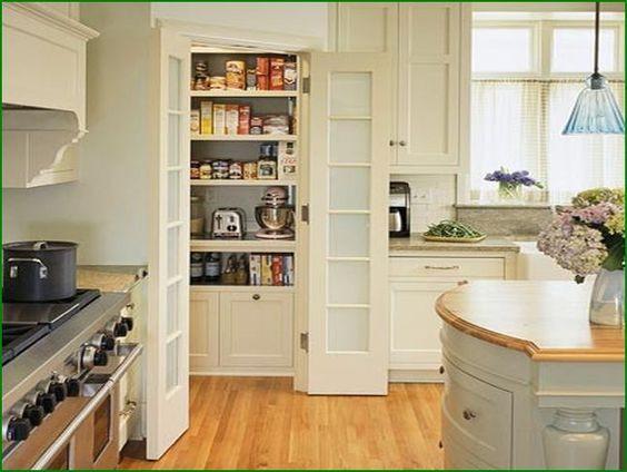 Walk in kitchen