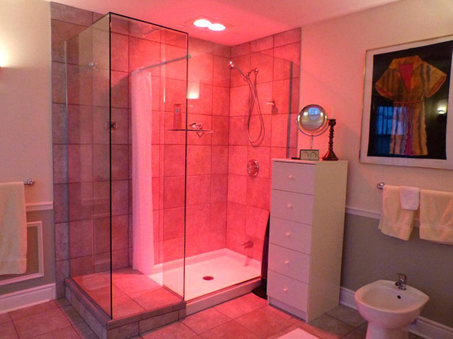 Heat lamps bathrooms