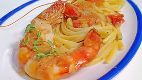 """Linguine with tiger prawns and Cognac, perfect """"CONTEMPORARY"""" South Italian recipe, step by step."""