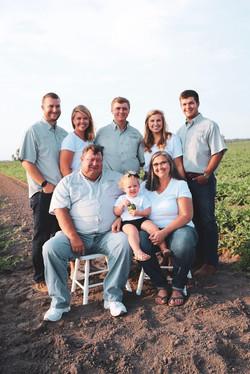 Family 2 Field Farm Market.jpeg