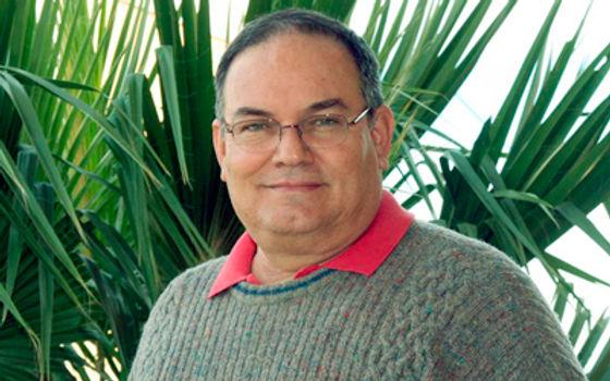 El gran reto, formar nuevas generaciones de científicos: Carlos Lizárraga Celaya
