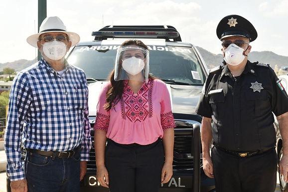 Entrega alcaldesa Celida López nuevas patrullas a la Policía Preventiva y Tránsito Municipal de HMO