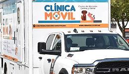 Entrega Celida López clínica móvil al Centro de Atención Canina y Felina