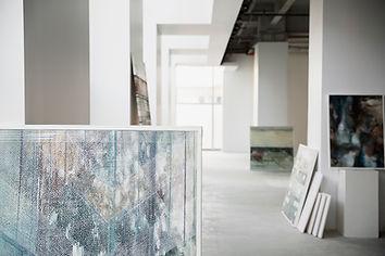 Картины в галерее