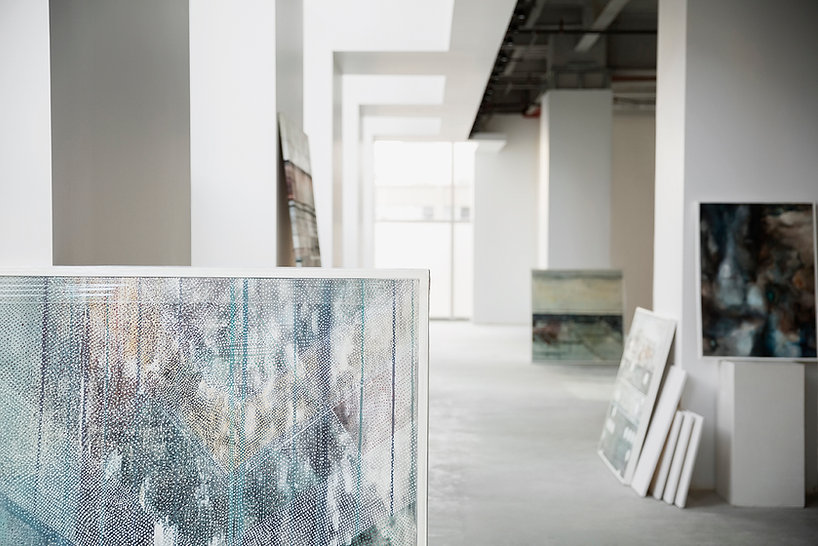 Gemälde in der Galerie