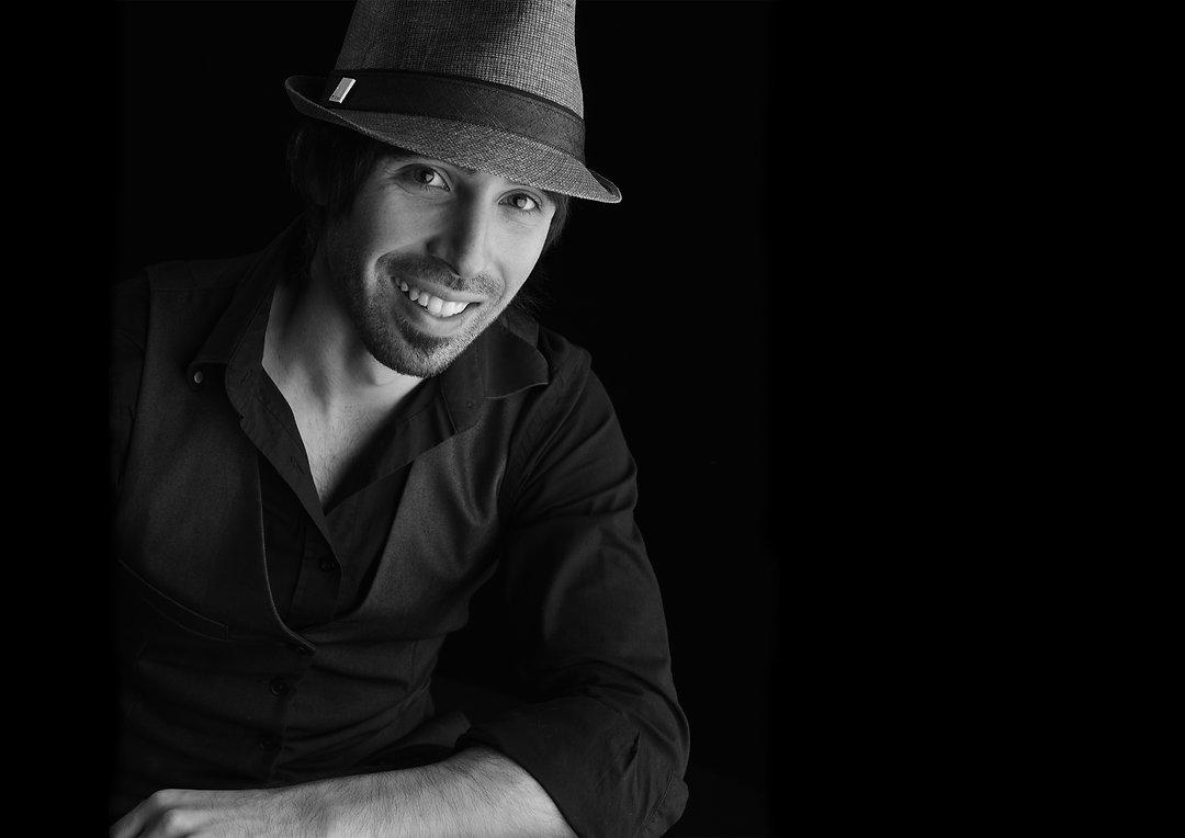 Toronto Wedding Entertainment, piano man, greg gallello, entertainer