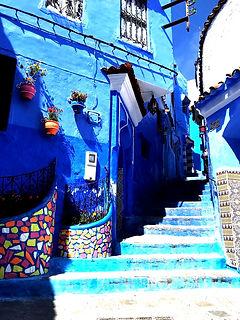 Chefchaouen (ciudad azul) Marruecos está situado tierra adentro desde Tánger y Tetuán. Paquetes Sahara Sky Tour