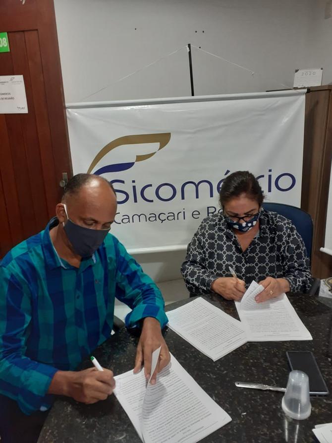 Sindicato assina Convenção Coletiva 2020/2022 com o Sicomércio e mantém plano de benefícios